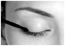 LATISSE® solution is intended for use on the skin of the upper eyelid margins at the base of the eyelashes